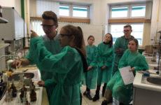 Więcej o: Zajęcia z chemii ożywionej na SGGW
